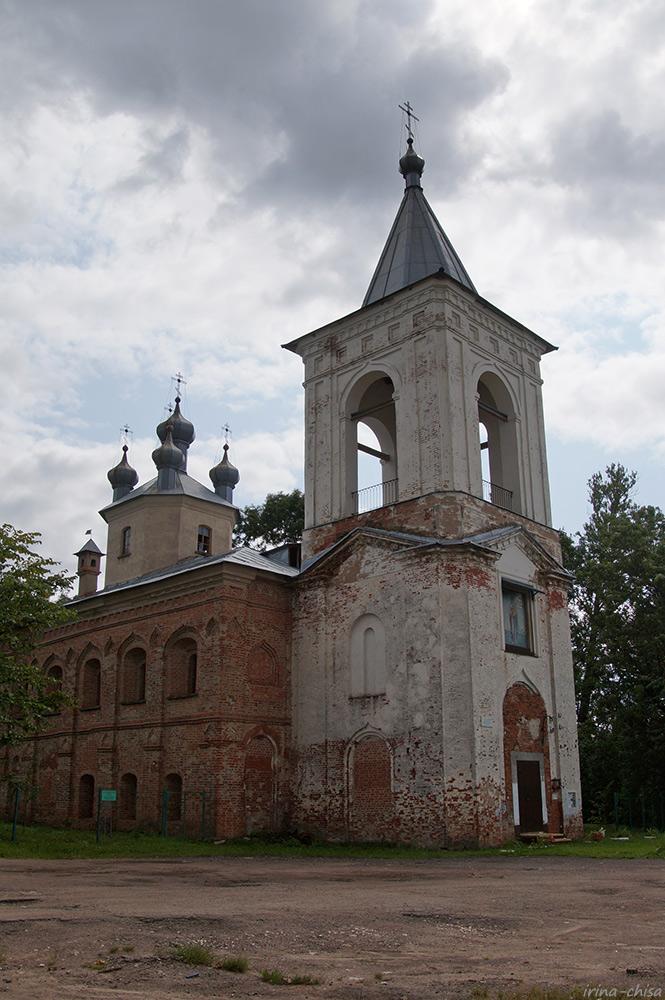 Церковь Воскресения Христова на Красном поле