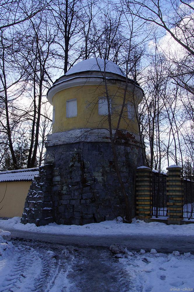 Северо-Западная Башня Ново-Тихвинского монастыря