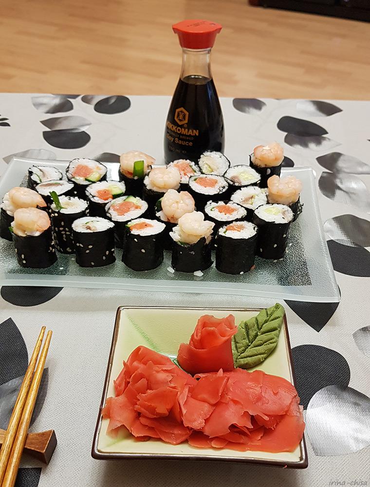 Про суши, семена и соревнование природы с культурой - Три возраста девочки, вырезающей лепестки сакуры из рисовой бумаги — ЖЖ