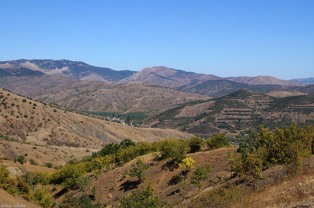 По долинам и по взгорьям Крыма