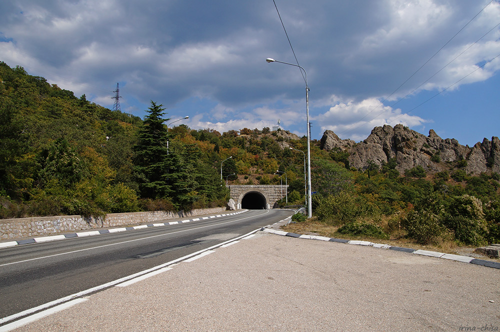 Меласский туннель, Ай-Юри