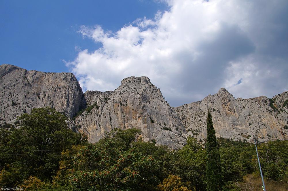 Байдаро-Кастропольская стена