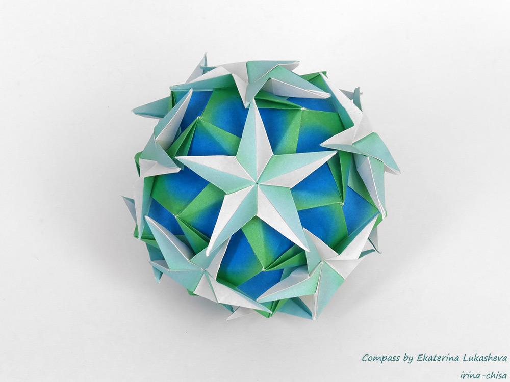 Compass by Ekaterina Lukasheva