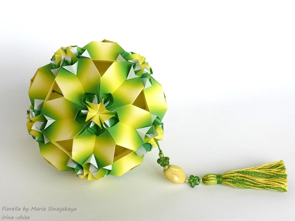 Fiorella by Maria Sinayskaya