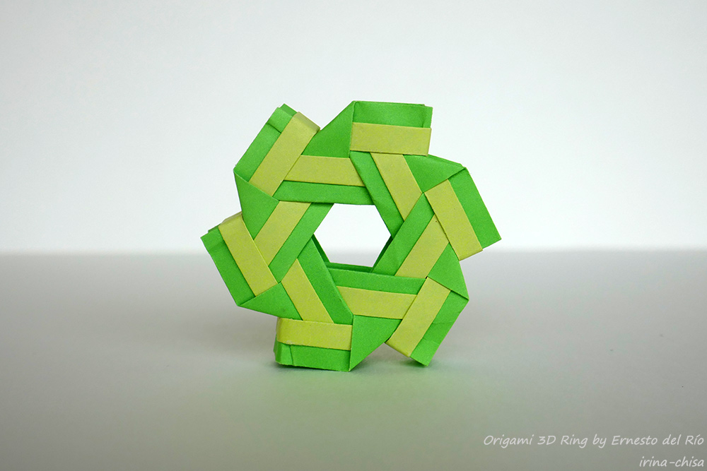 Origami 3D Ring by Ernesto del Río