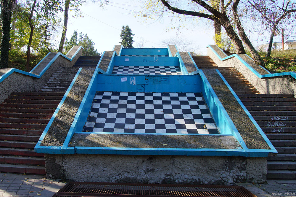 Лестница и каскад «Шахматы»