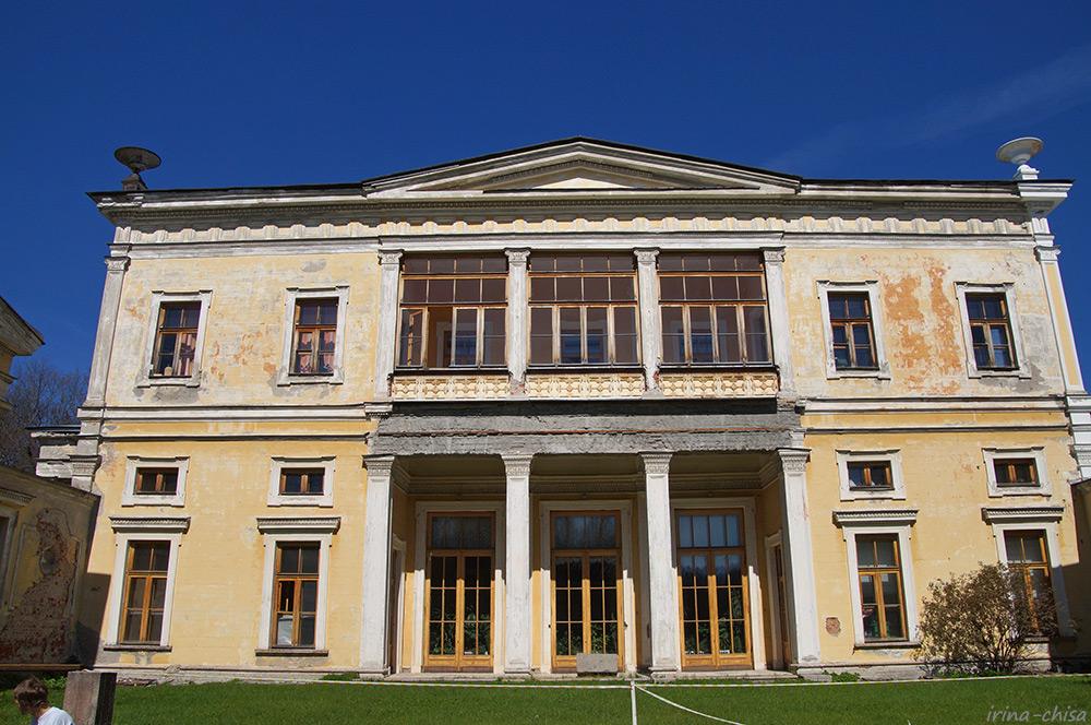Дворец герцога Максимилиана Лейхтенбергского