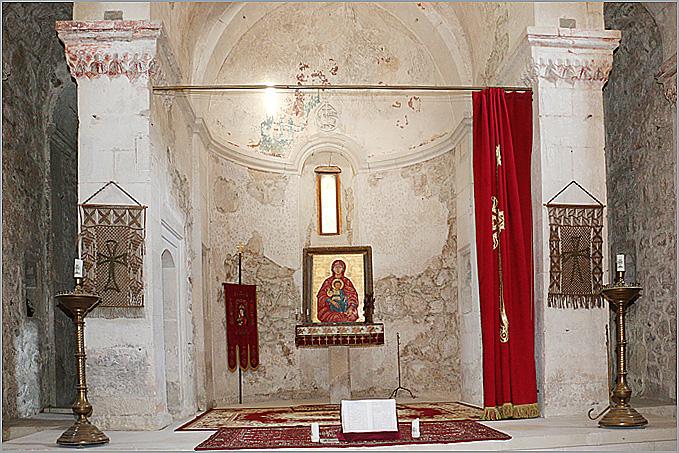алтарь храма