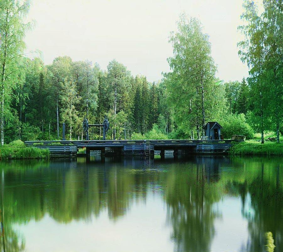 Плотина на реке Ковже.