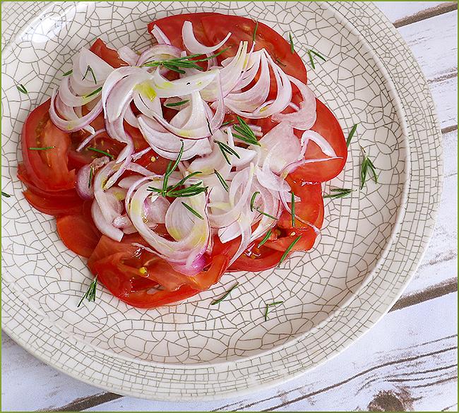 Узбекский салат, подающийся к плову, Ачик-чучук height =136.68