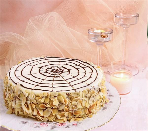 Кондитерская европейская классика - торт Эстерхази, но без сахара