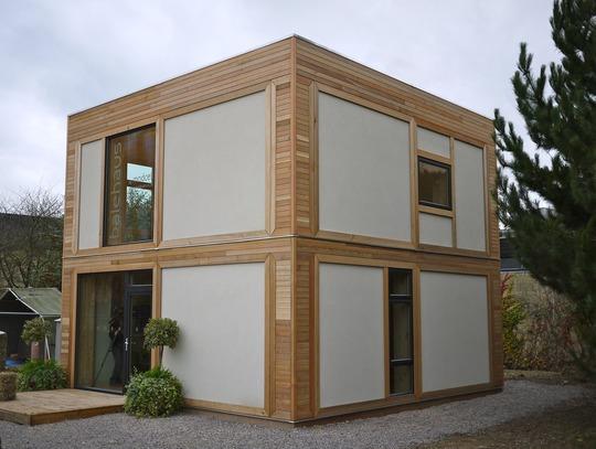 Строительство 2-х этажного быстровозводимого дома из стеновых панелей с соломенным утеплителем. Как это было