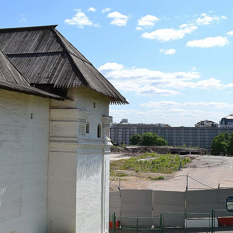 На месте гостиницы «Россия» будет построен парк с катком и филармонией