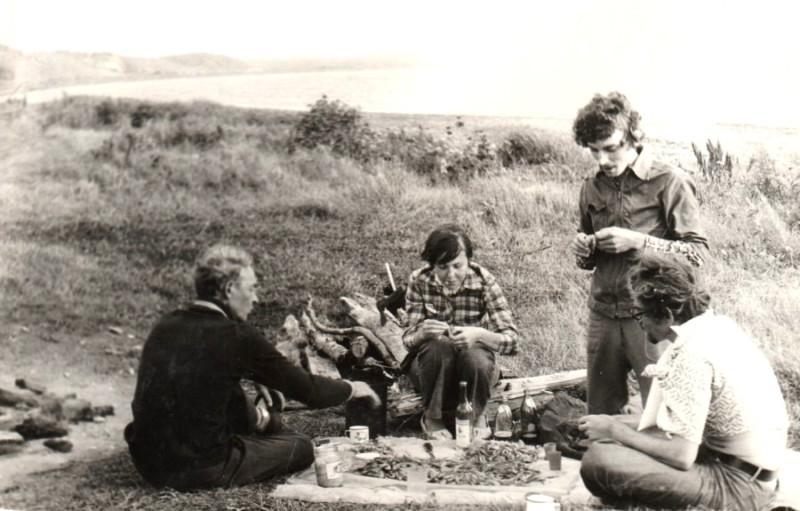 Папа, брат Женя с женой Тамарой, брат Сергей