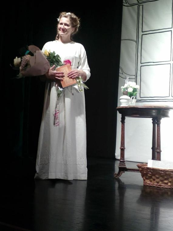 Елена Шохина в роли Эмили Дикинсон. Фото из интернета