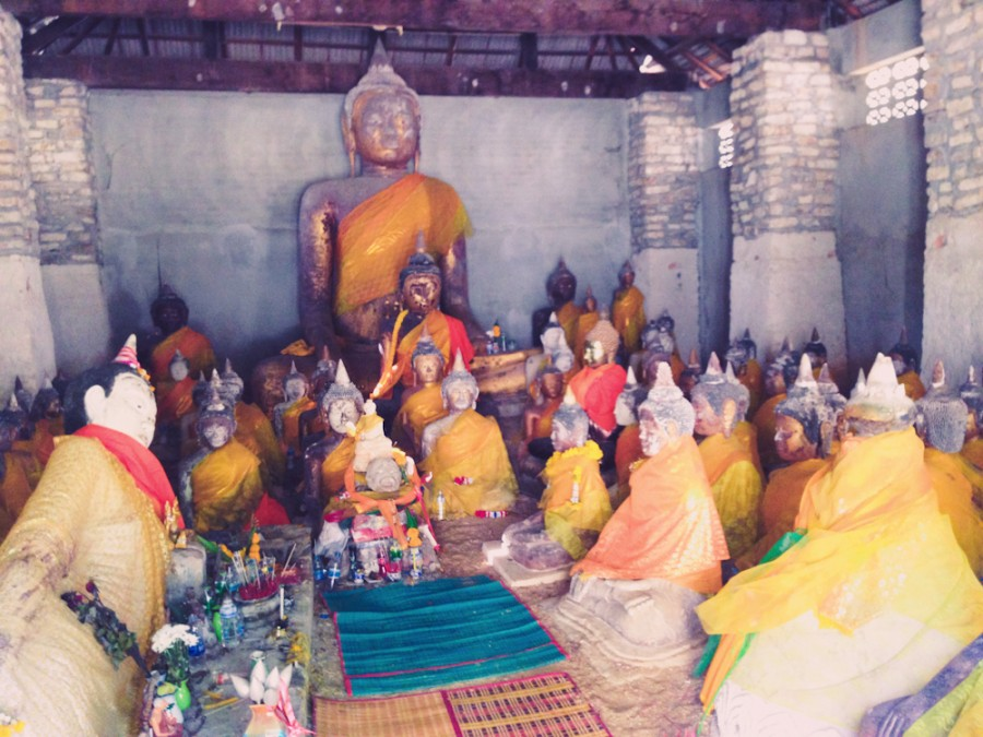 склад Будд из Камбоджи