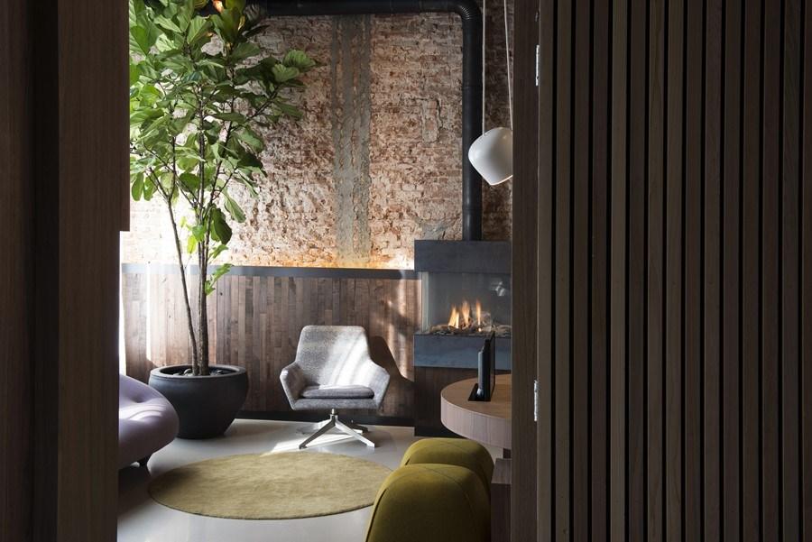 Boutique-hotel-Amsterdam-by-Jeroen-de-Nijs-05