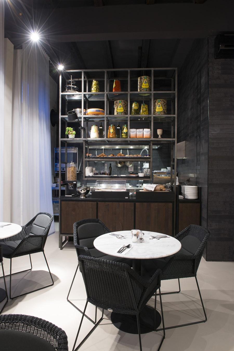 Boutique-hotel-Amsterdam-by-Jeroen-de-Nijs-08