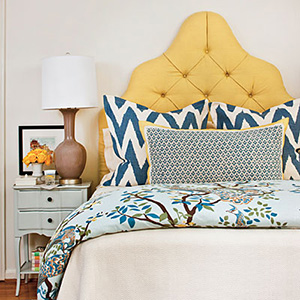 yellow-blue-bedding-l-southern-living