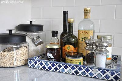 поднос на кухне