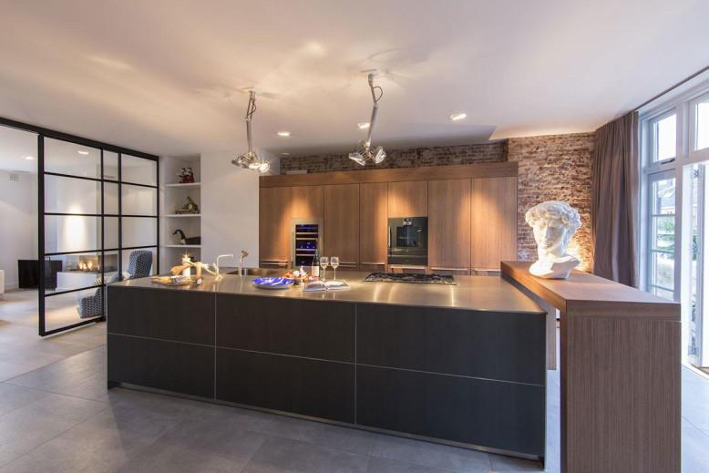 Amsterdam-Apartment-by-DENOLDERVLEUGELS-05-778x519