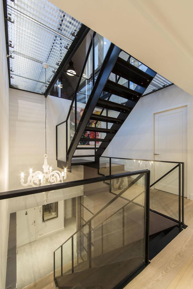 Amsterdam-Apartment-by-DENOLDERVLEUGELS-09-778x1167