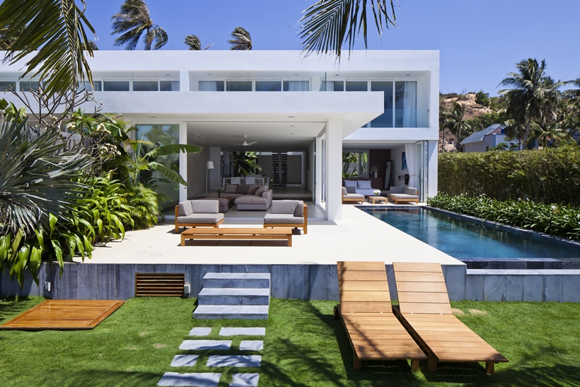 Stunning_Modern_Beach_House_by_MM++_Architects_on_world_of_architecture_03