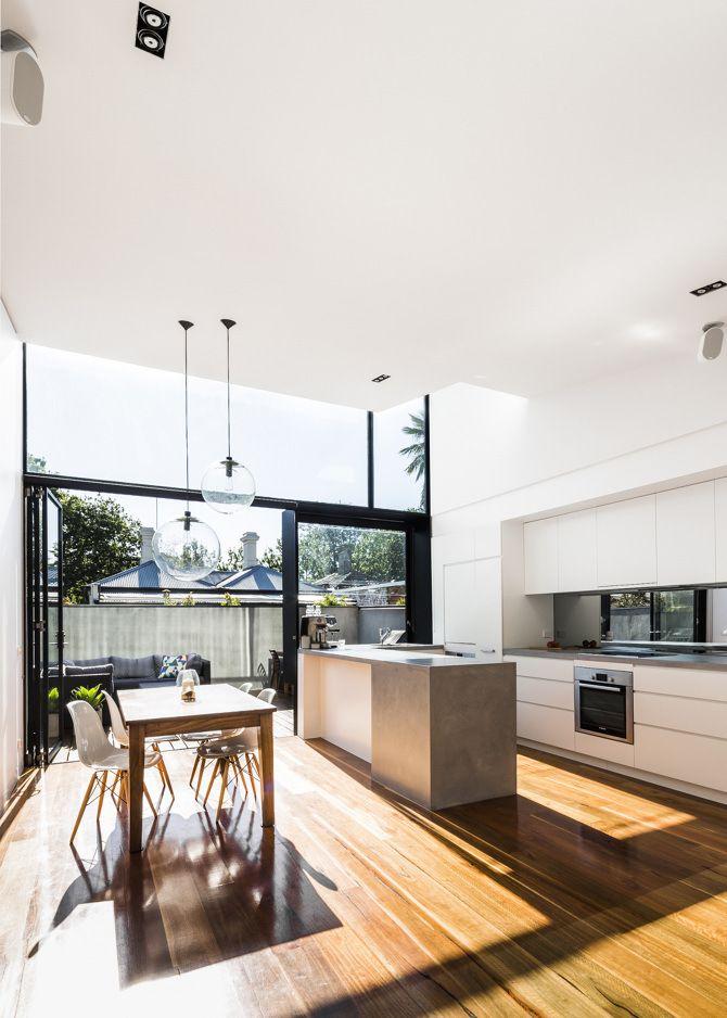 Минималистичная кухня, бетонная столешница