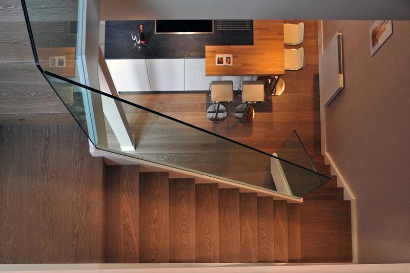 dizain-kvartiri-dvuhetajnoy-interier-instaplace-ru-7