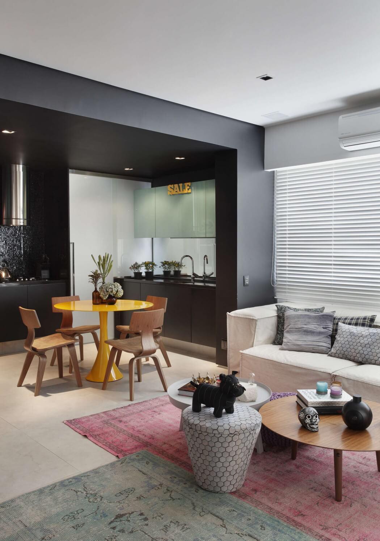 002-vf-apartment-studio-roca-1050x1493