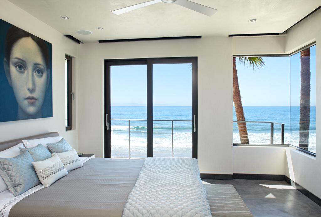 9-Ocean-view-bedroom