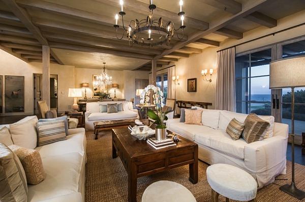 Lady-Gagas-new-house-in-Malibu-18