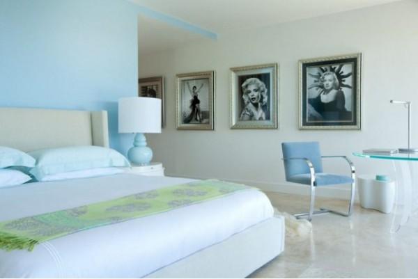 bedroom_with_movie_stars.jpg.size.xxxlarge.letterbox