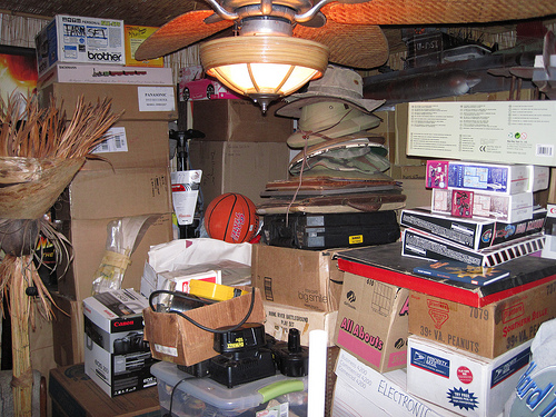 cluttered-room