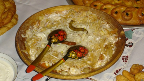 140714124630_kurutob_tajik_meal_from_sour_milk_976x549_bbc.jpg