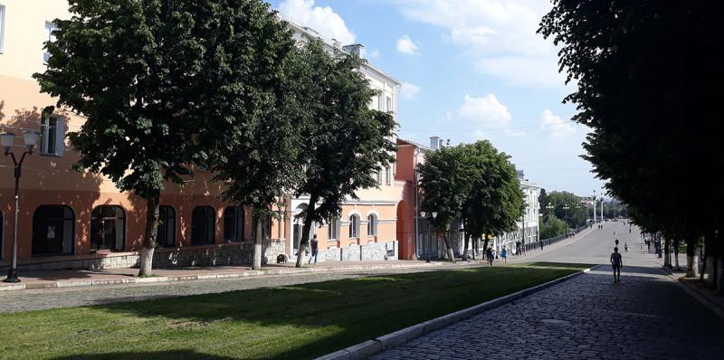 Пешая улица - артерия туристического города.