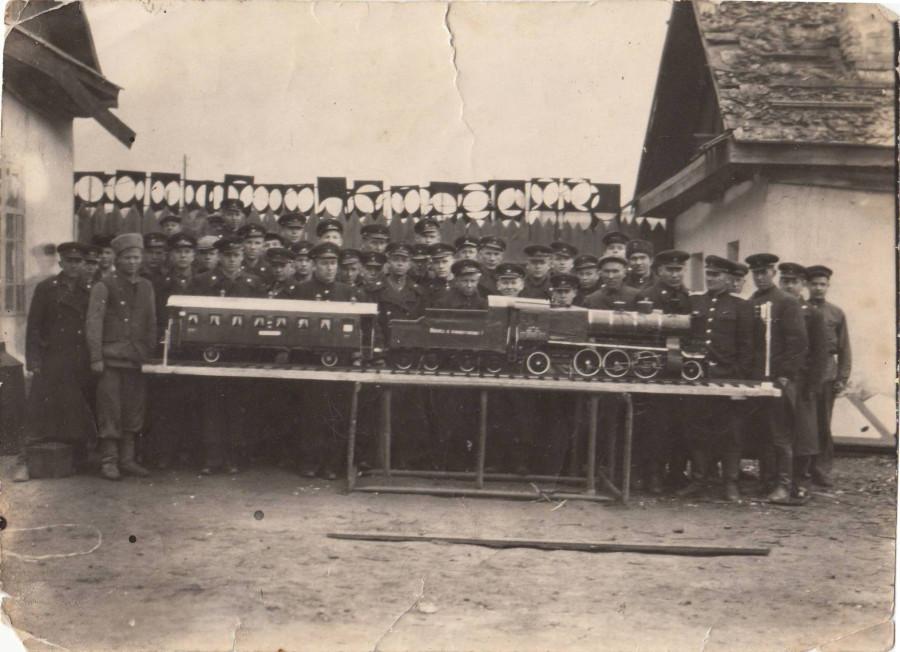 1948 год училище№1 паровоз Си№200-01
