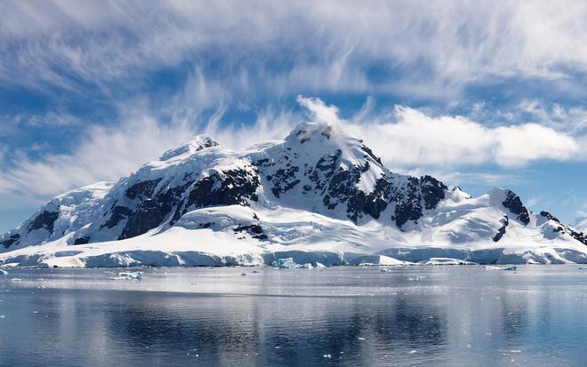 Норвегия предложила разместить беженцев на полярном архипелаге