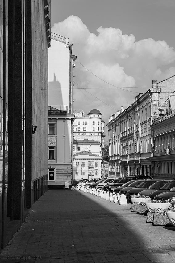 2-й Спасоналивковский переулок в сторону Большой Полянки