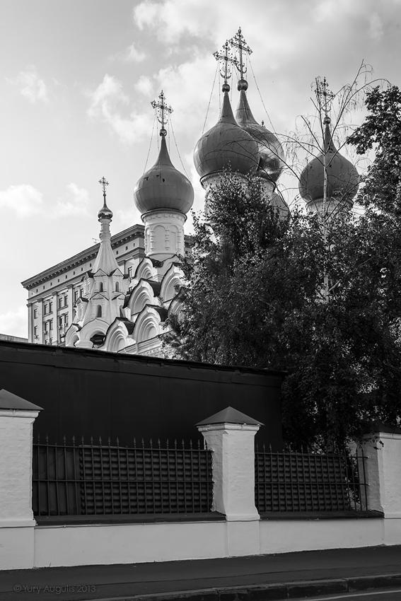 Улица Большая Ордынка 27а/8с1. Храм Святителя Николая в Пыжах