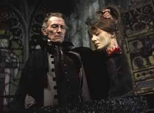 Peter-Cushing-in-The-Vampire-Lovers