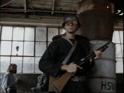 Центурионы.(Centurion.Force).1998.DVDrip.Rus.avi_snapshot_01.15.18_[2014.12.07_20.09.25]