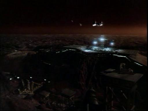 Центурионы.(Centurion.Force).1998.DVDrip.Rus.avi_snapshot_00.38.10_[2014.12.07_19.56.19]