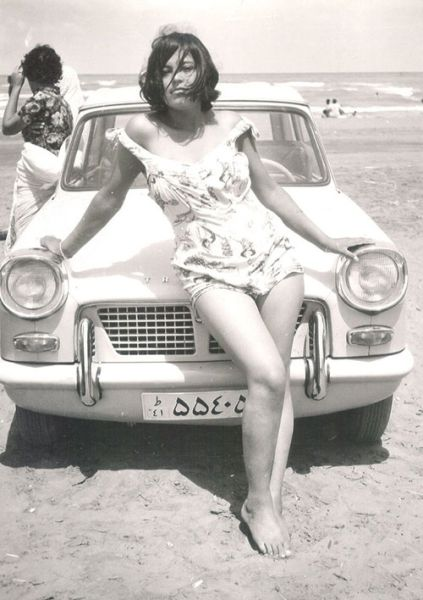 a_look_at_life_in_iran_during_the_60s_and_70s_640_30