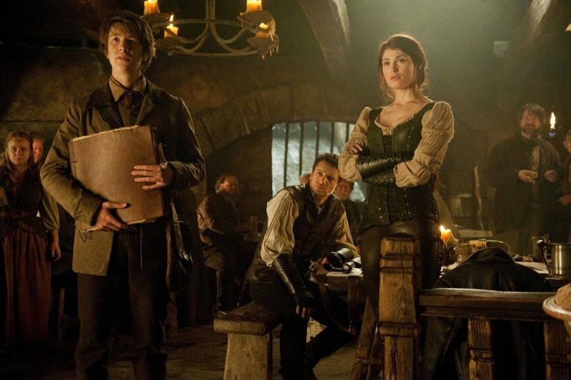 1-Hansel-and-Gretel-Witch-Hunters