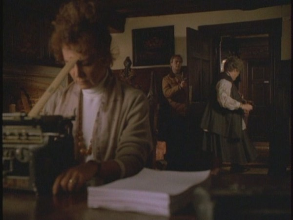 7x03-A-Slight-Case-of-Murder-tales-from-the-crypt-14602950-720-540