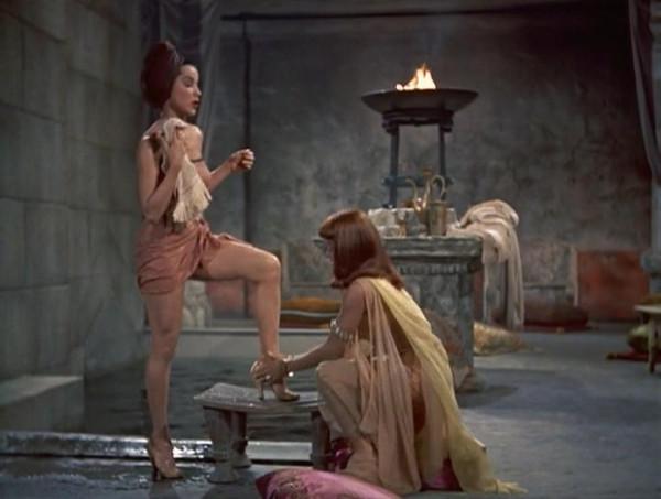 Принцесса Нила (1954) - МКВ.mkv_snapshot_00.11.01_[2015.12.27_23.28.33]