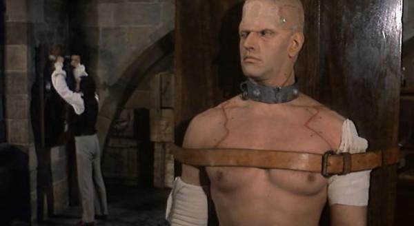 The Horror of Frankenstein.avi_snapshot_01.04.03_[2016.03.13_23.34.02]