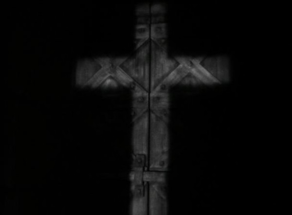 The Sign of the Cross(76)