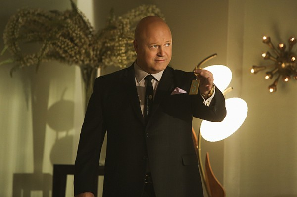 Michael-Chiklis-in-VEGAS-Episode-1.10-Estinto